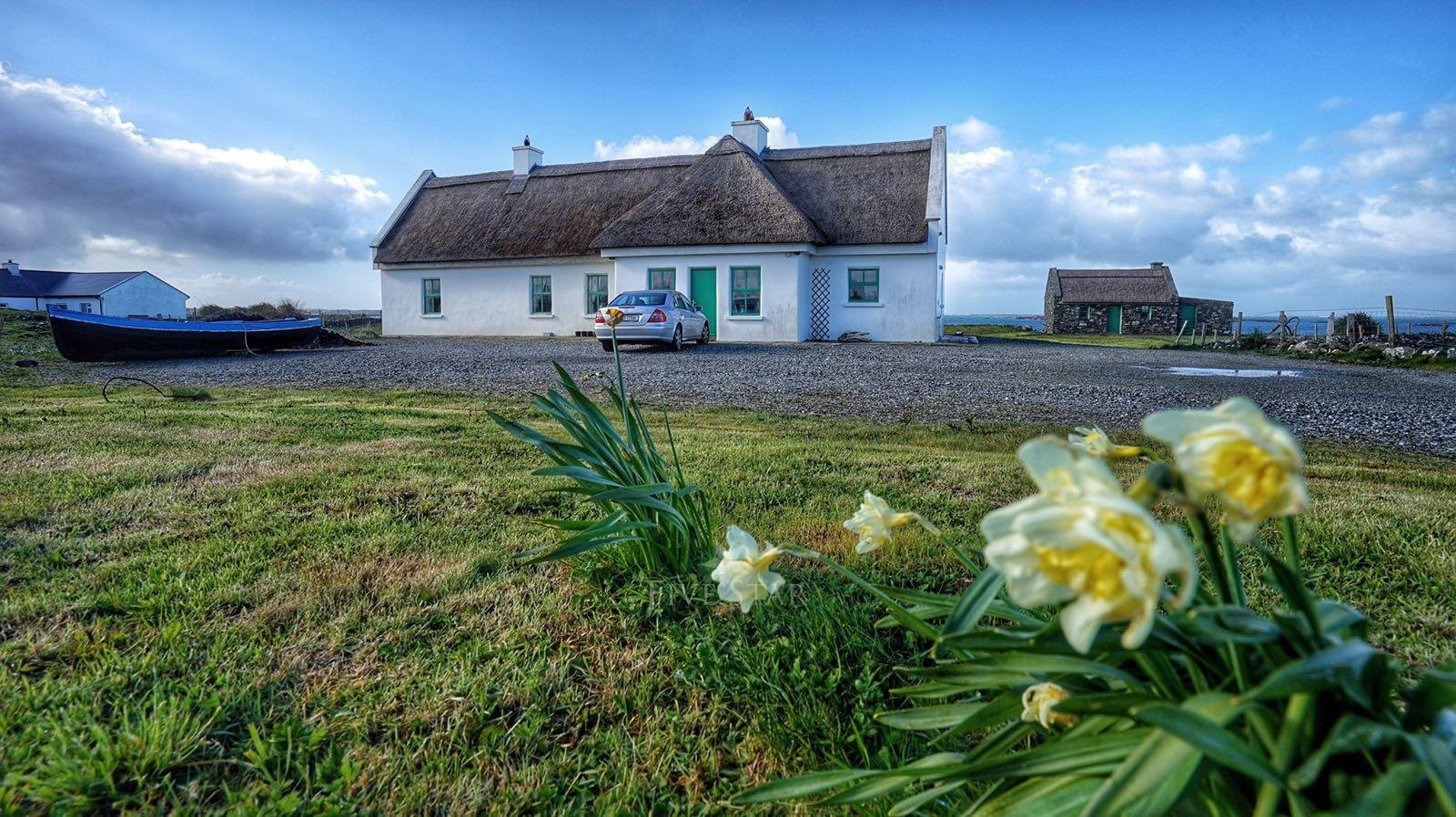 #2 Luxurious Beach Cottage: Connemara, Galway (4 Bedrooms)