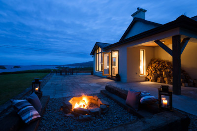 <p>Unique properties in stunning locations<span></span><br></p>