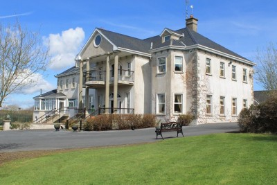 Landmark Homes Close To Waterford City