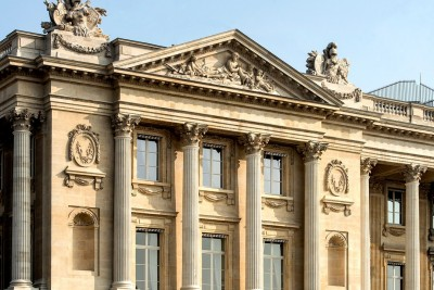 <p><span></span>Here Come the French 5-Star 'Palace Hotels'<span></span></p>