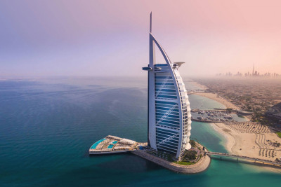 <p>SAL - Striking new dining venue at Burj Al Arab <span></span><br></p>
