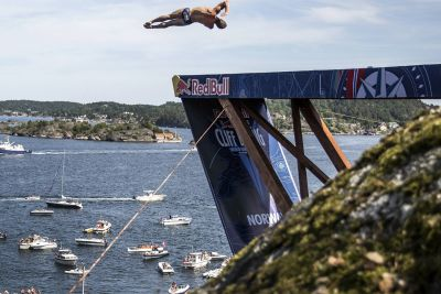 <p>Oslo Opera House to Host Red Bull Cliff Diving</p>