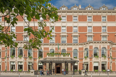 <p>Inside Ireland's Best Hotel Suites<span></span></p>