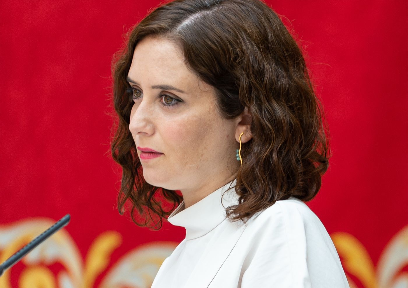 Controversial Madrid President Isabel Díaz Ayuso, sweeps the boards