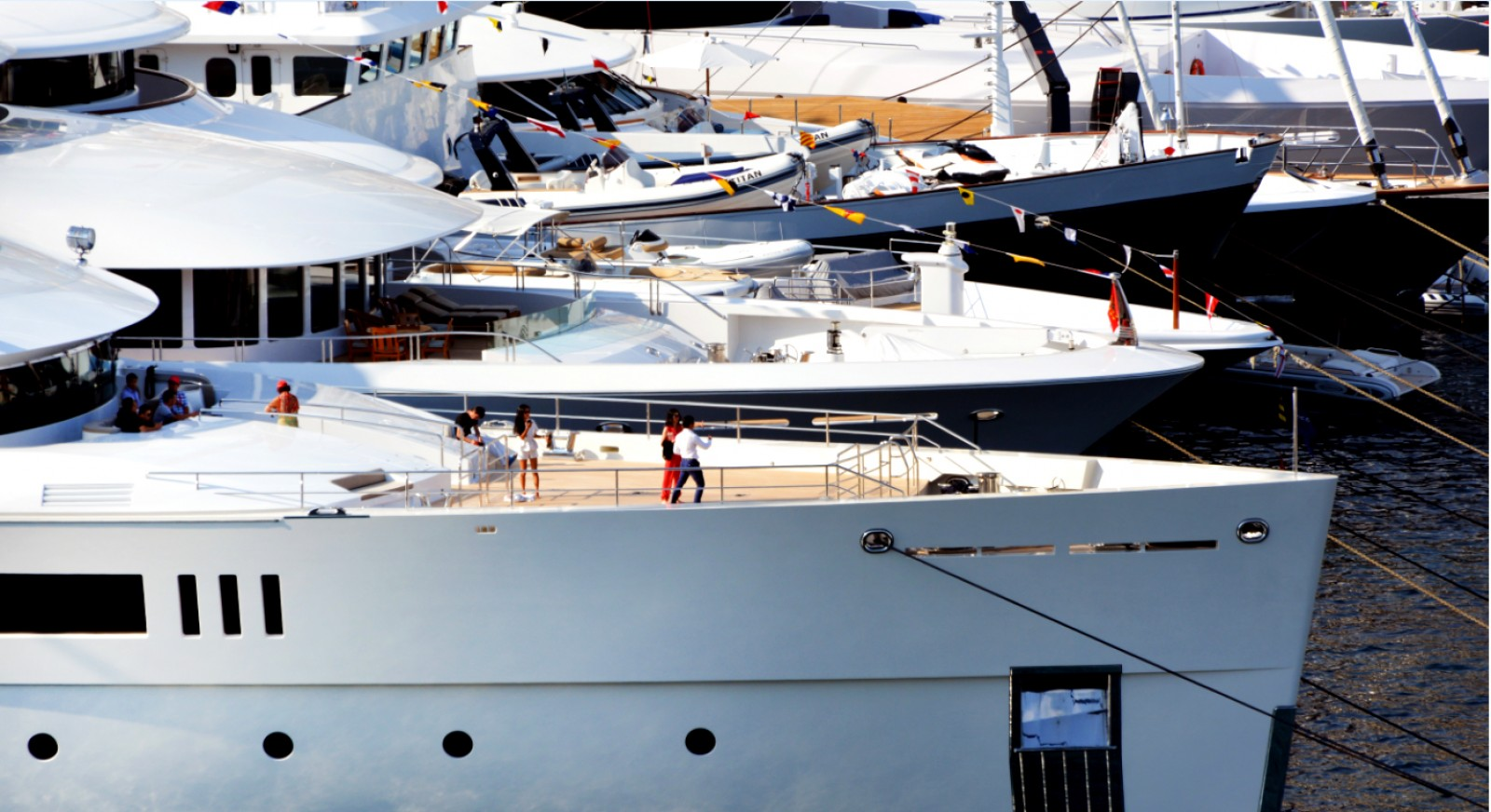 MYS - The Greatest Show On Water